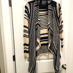 PAPER CRANE • Sweater